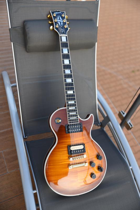 micro guitare avec ou sans capot