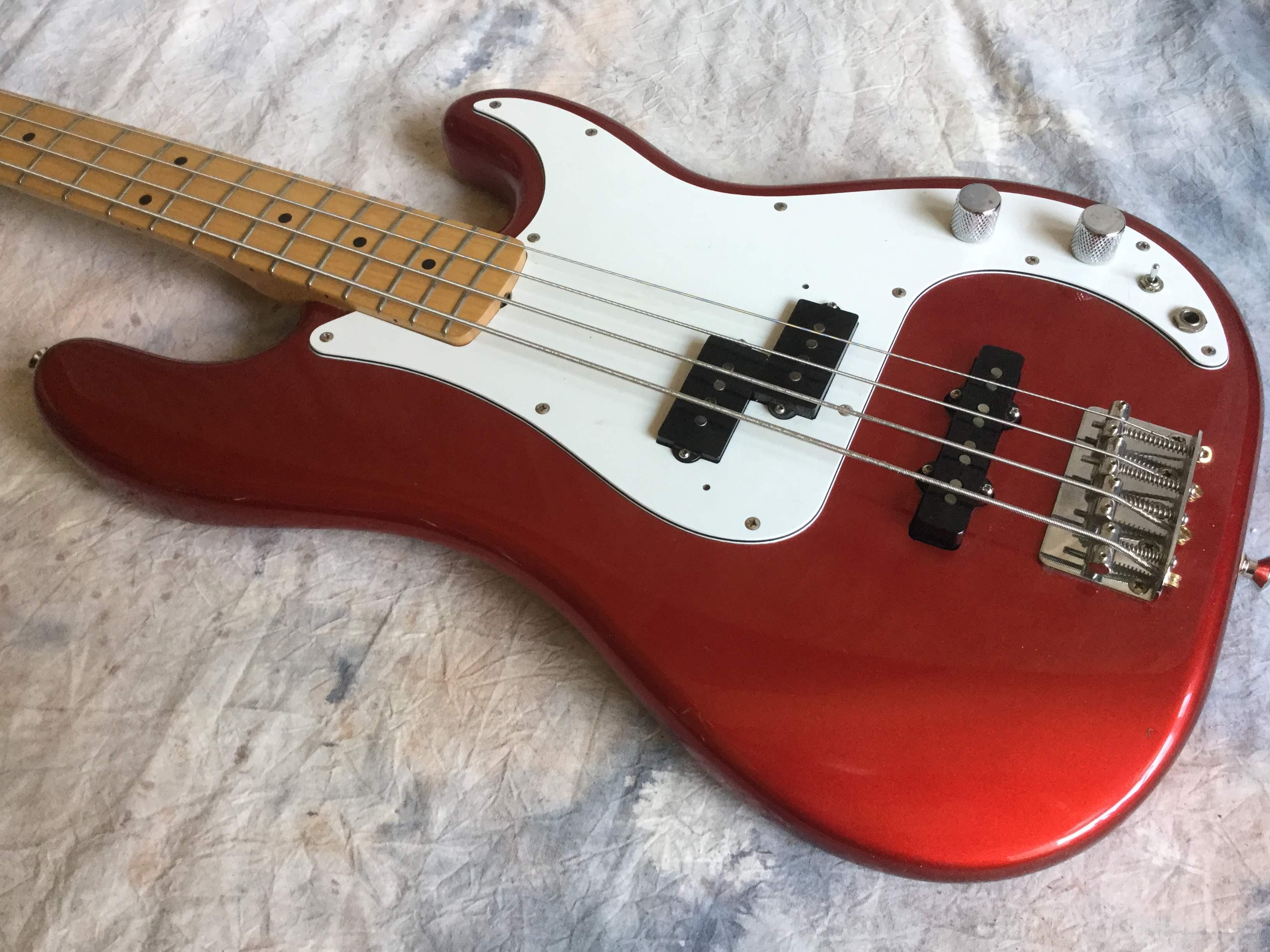 micro guitare basse fender
