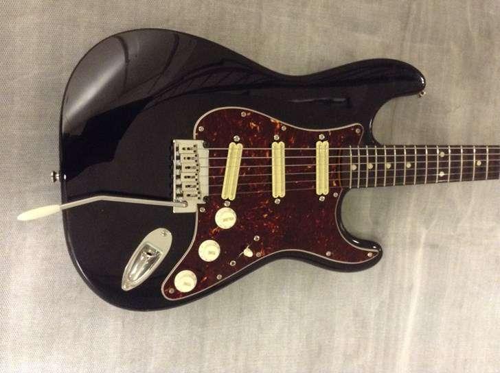 micro guitare gfs