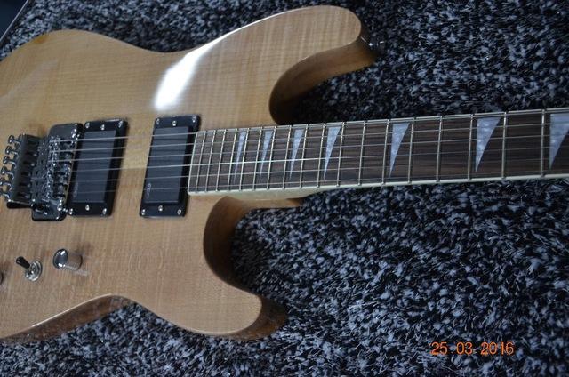 micro guitare jackson